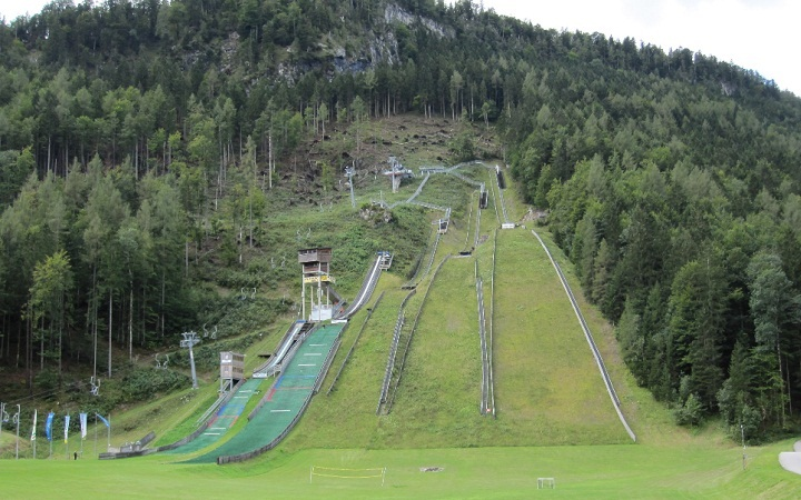 chiemgau arena ruhpolding ski jumping hill archive. Black Bedroom Furniture Sets. Home Design Ideas